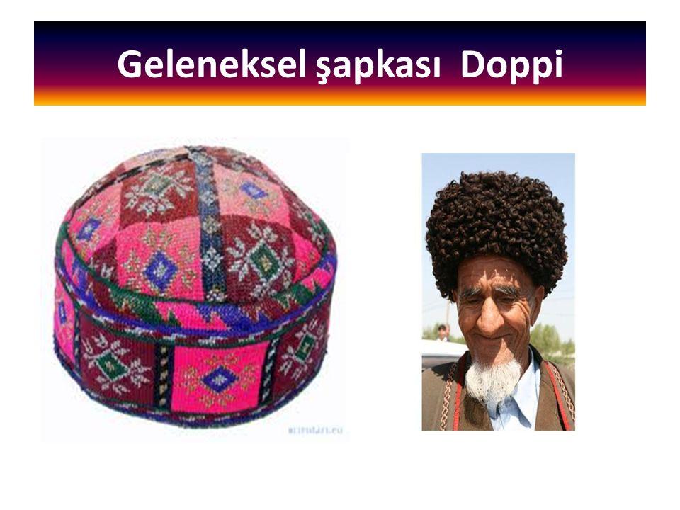 Geleneksel şapkası Doppi
