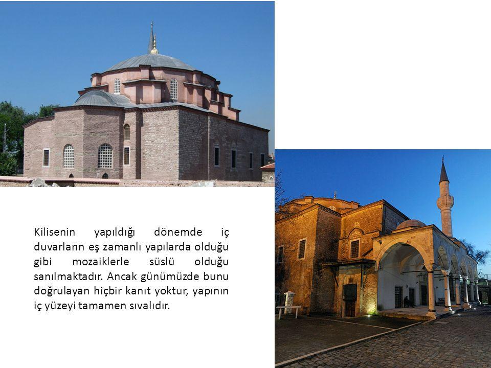Kilisenin yapıldığı dönemde iç duvarların eş zamanlı yapılarda olduğu gibi mozaiklerle süslü olduğu sanılmaktadır.