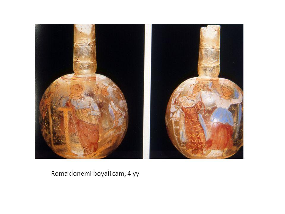 Roma donemi boyali cam, 4 yy