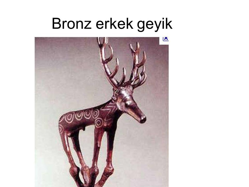 Bronz erkek geyik