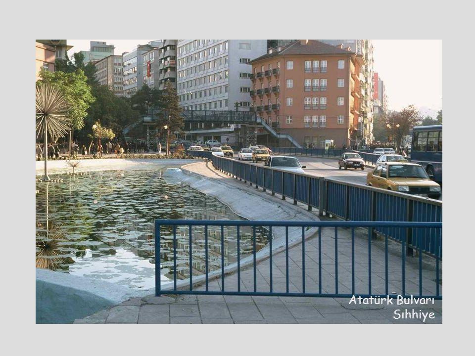 Ankara- Sıhhiye Atatürk Bulvarı Sıhhiye