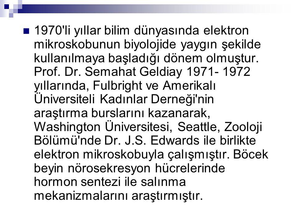 1970 li yıllar bilim dünyasında elektron mikroskobunun biyolojide yaygın şekilde kullanılmaya başladığı dönem olmuştur.