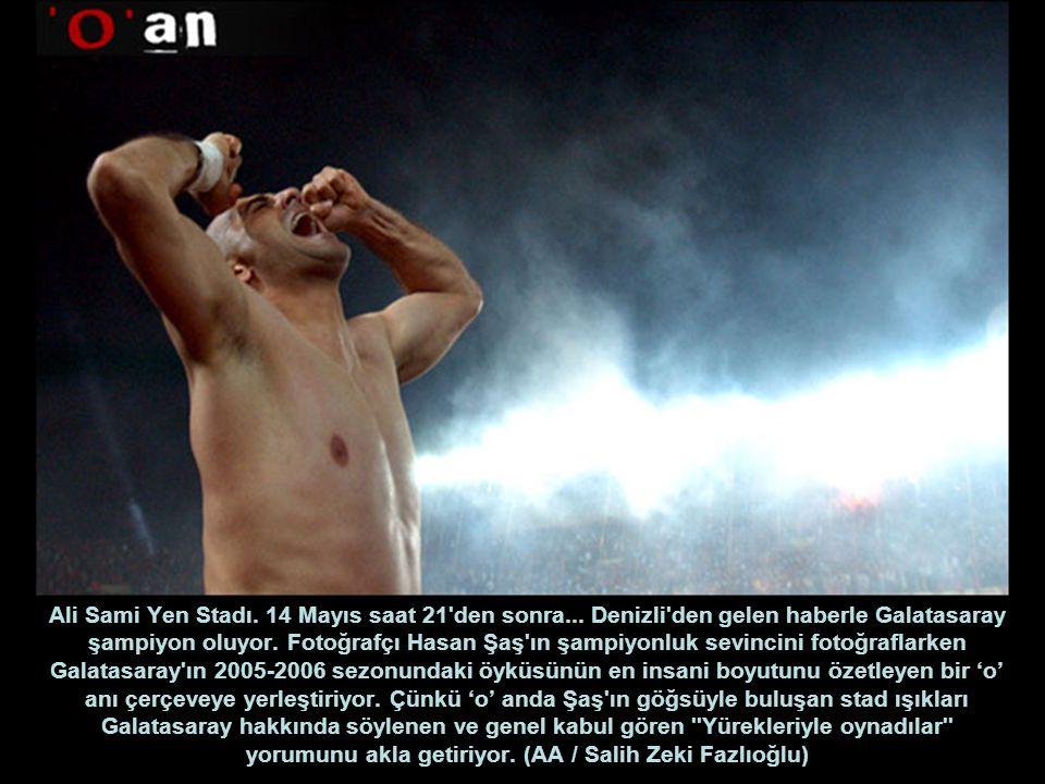 Ali Sami Yen Stadı. 14 Mayıs saat 21 den sonra