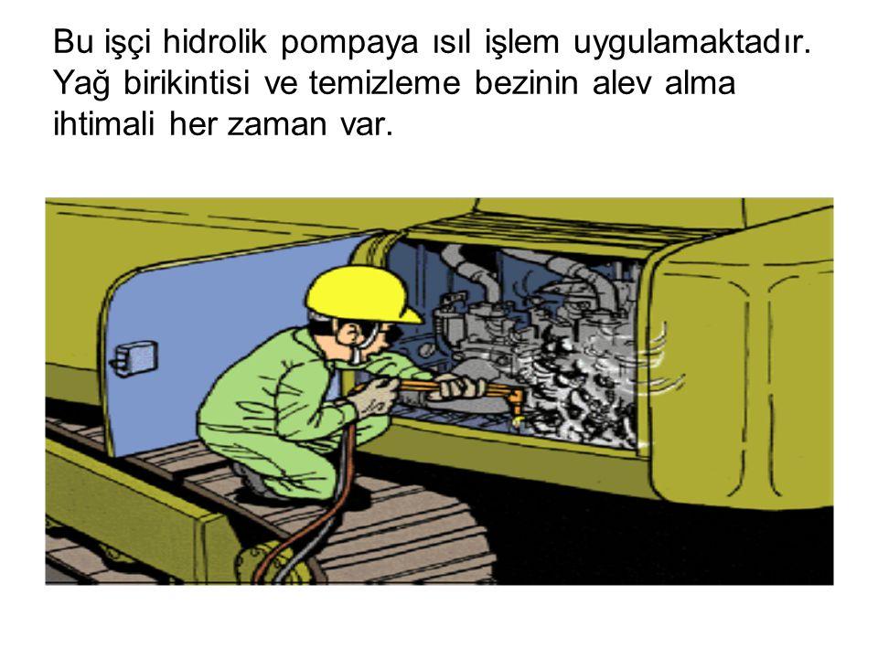 Bu işçi hidrolik pompaya ısıl işlem uygulamaktadır