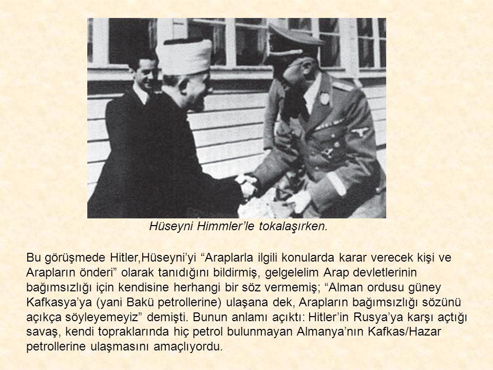 Hüseyni Himmler'le tokalaşırken.