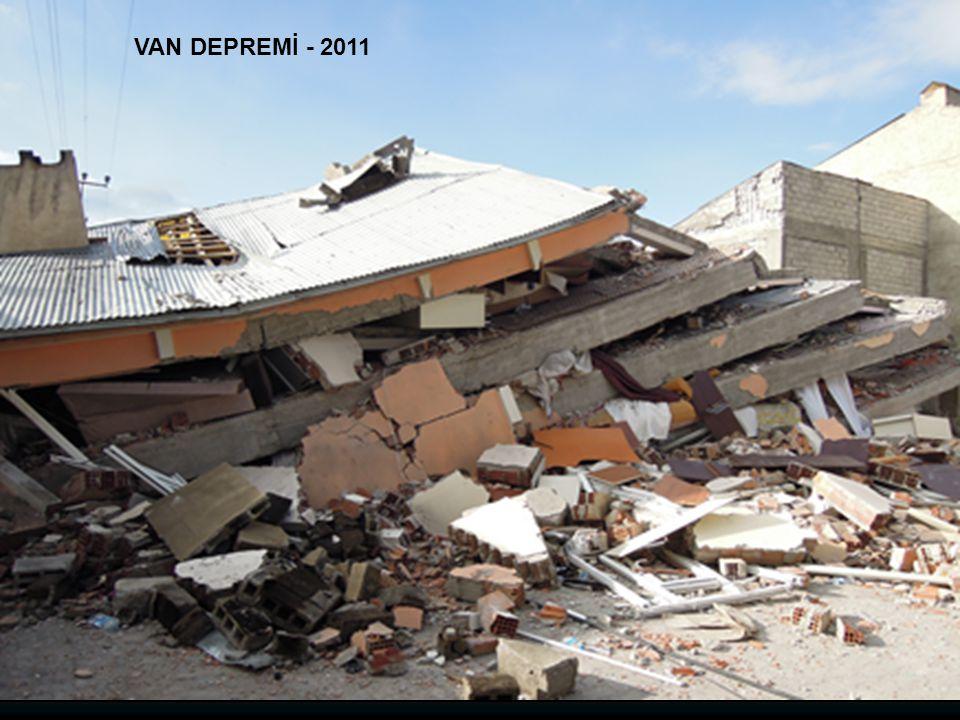 VAN DEPREMİ - 2011
