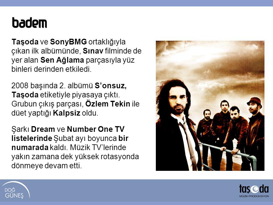 Taşoda ve SonyBMG ortaklığıyla çıkan ilk albümünde, Sınav filminde de yer alan Sen Ağlama parçasıyla yüz binleri derinden etkiledi.