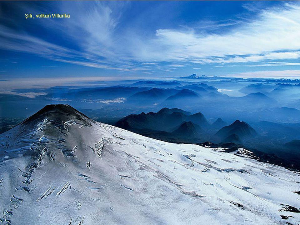 Şili , volkan Villarika Şili , volkan Villarika