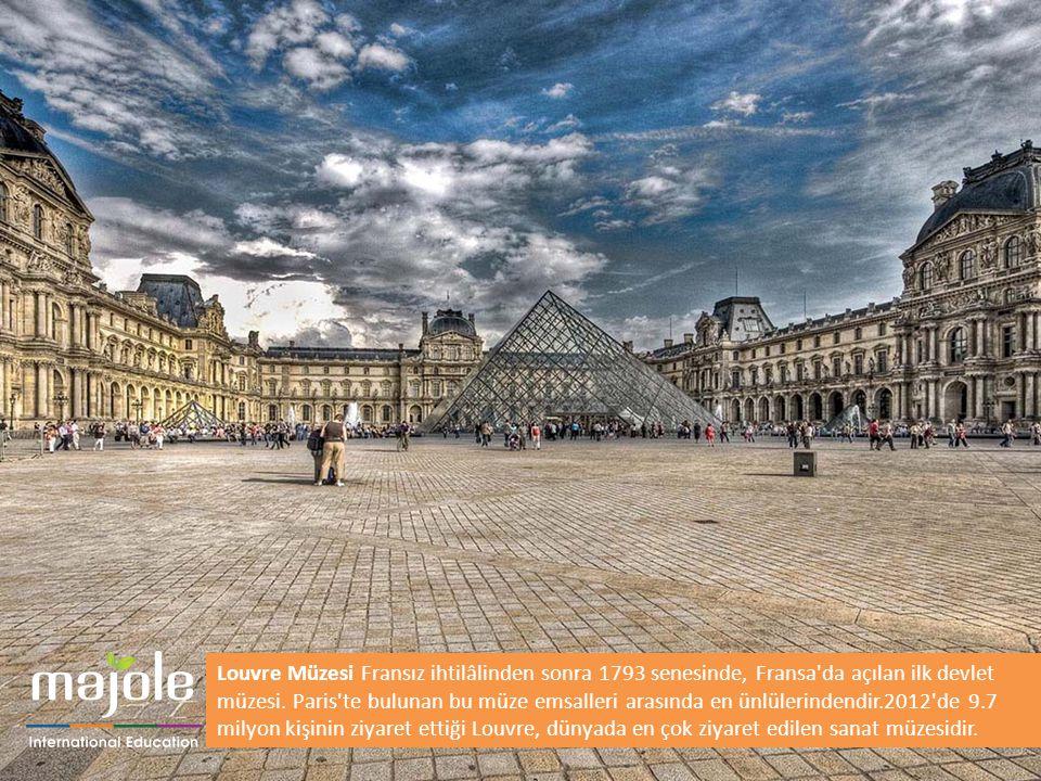 Louvre Müzesi Fransız ihtilâlinden sonra 1793 senesinde, Fransa da açılan ilk devlet müzesi. Paris te bulunan bu müze emsalleri arasında en ünlülerindendir.2012 de 9.7 milyon kişinin ziyaret ettiği Louvre, dünyada en çok ziyaret edilen sanat müzesidir.