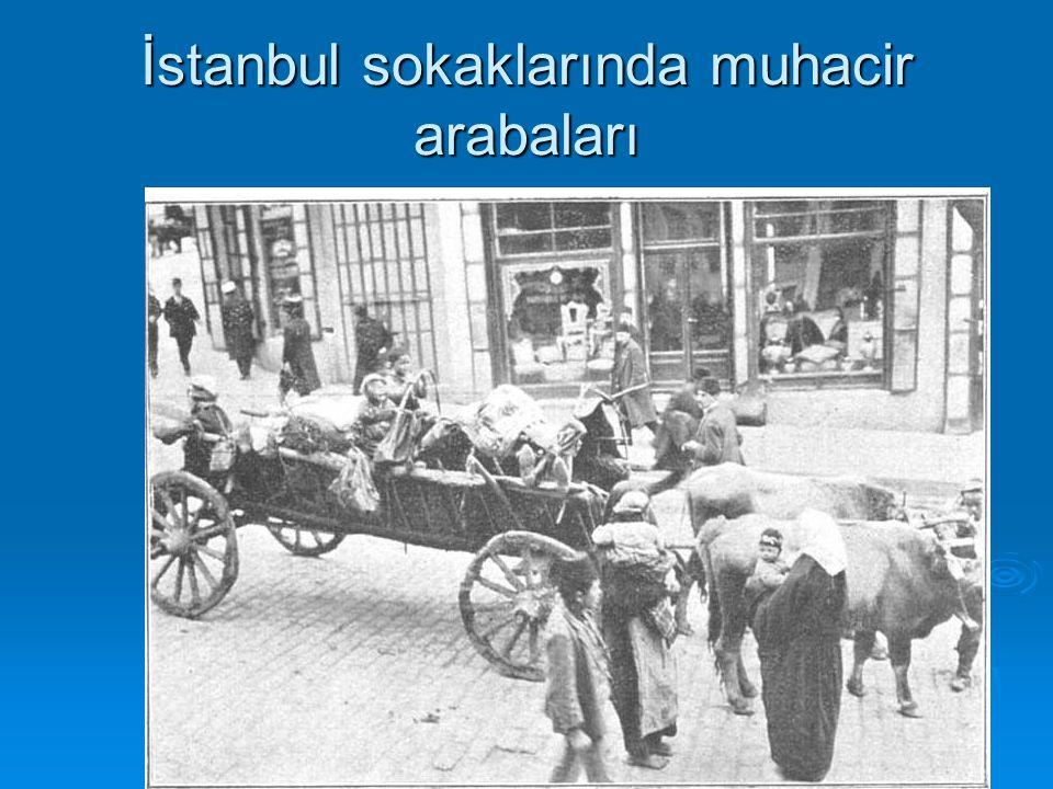 İstanbul sokaklarında muhacir arabaları