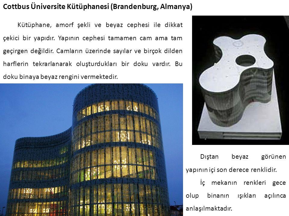 Cottbus Üniversite Kütüphanesi (Brandenburg, Almanya)