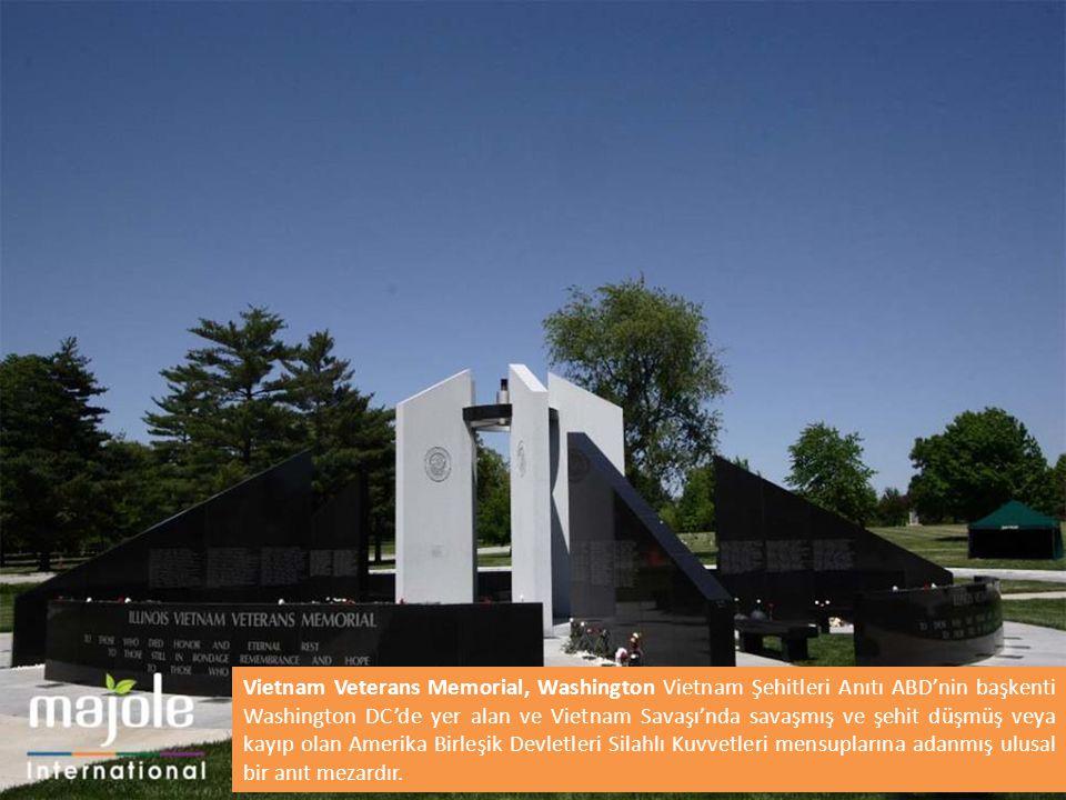 Vietnam Veterans Memorial, Washington Vietnam Şehitleri Anıtı ABD'nin başkenti Washington DC'de yer alan ve Vietnam Savaşı'nda savaşmış ve şehit düşmüş veya kayıp olan Amerika Birleşik Devletleri Silahlı Kuvvetleri mensuplarına adanmış ulusal bir anıt mezardır.