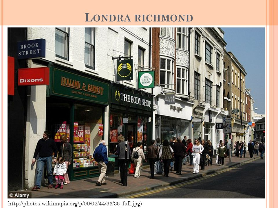 Londra richmond ( http://photos.wikimapia.org/p/00/02/44/35/36_full.jpg)