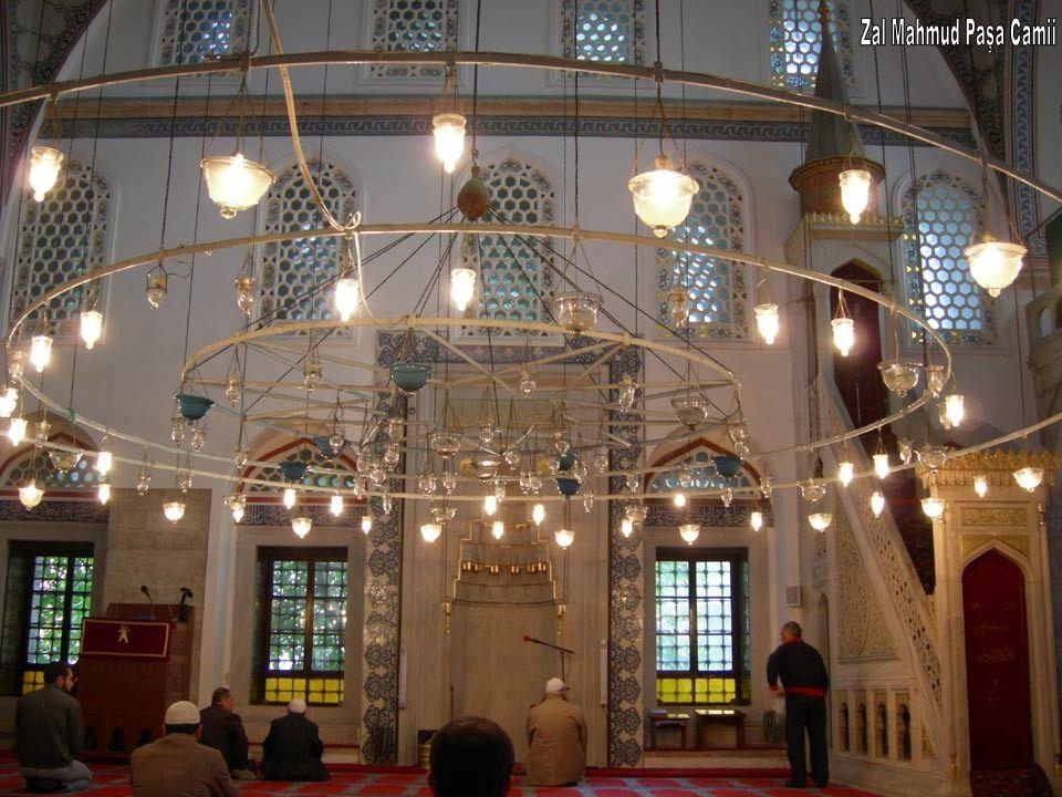 Zal Mahmud Paşa Camii
