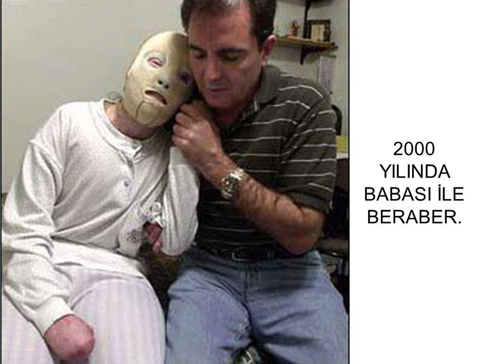 2000 YILINDA BABASI İLE BERABER.