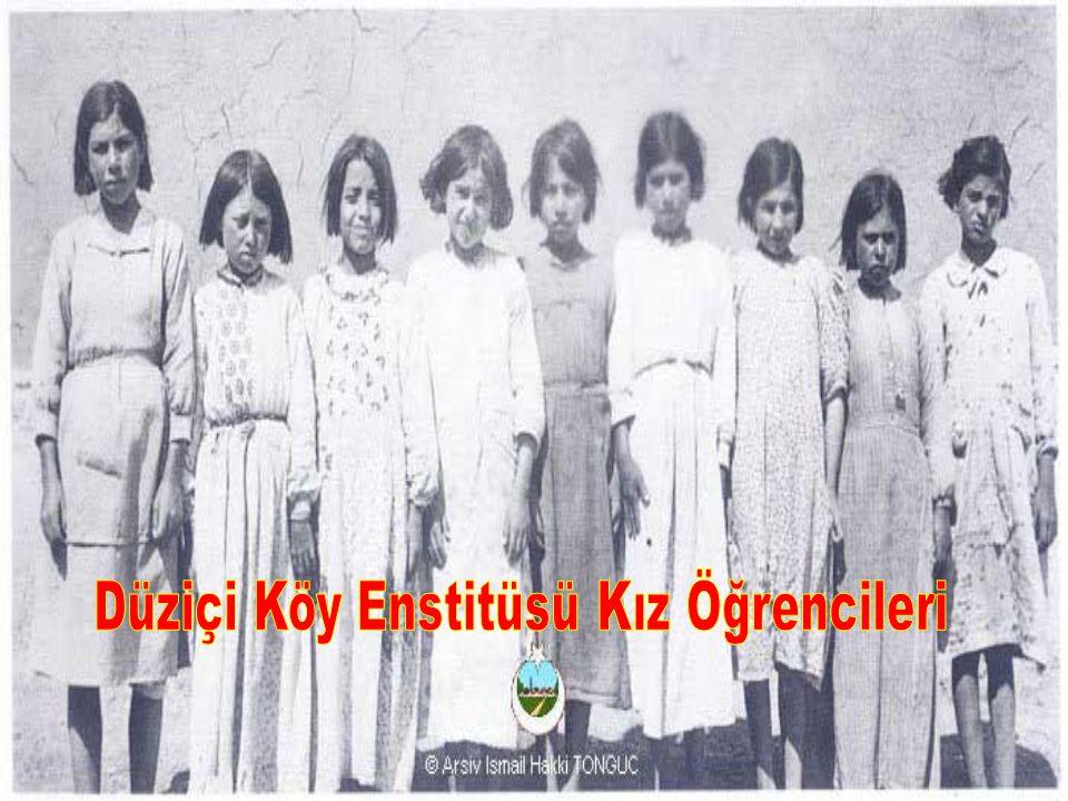 Düziçi Köy Enstitüsü Kız Öğrencileri