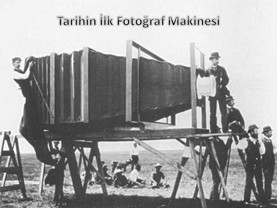 Tarihin İlk Fotoğraf Makinesi