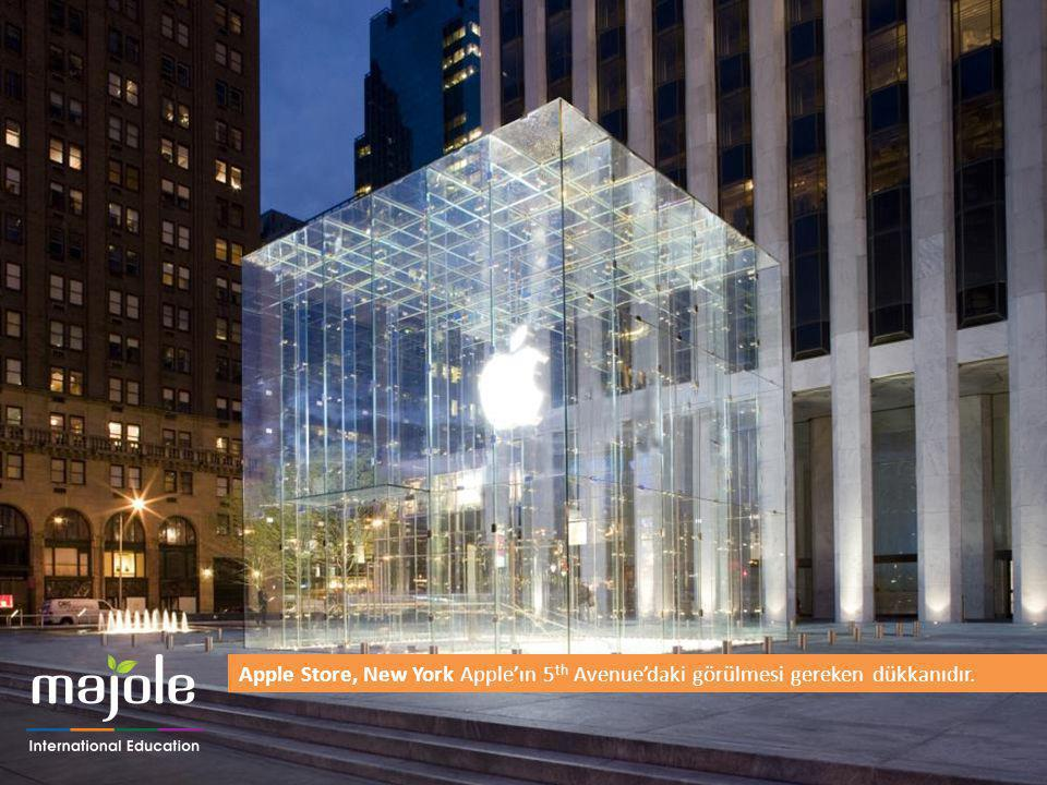 Apple Store, New York Apple'ın 5th Avenue'daki görülmesi gereken dükkanıdır.