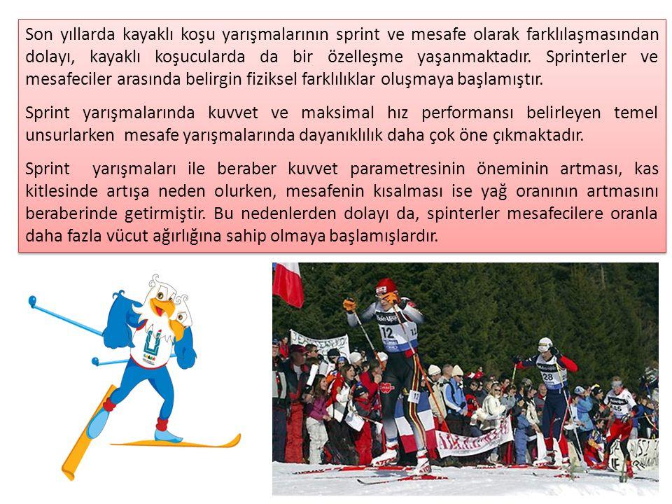 Son yıllarda kayaklı koşu yarışmalarının sprint ve mesafe olarak farklılaşmasından dolayı, kayaklı koşucularda da bir özelleşme yaşanmaktadır. Sprinterler ve mesafeciler arasında belirgin fiziksel farklılıklar oluşmaya başlamıştır.