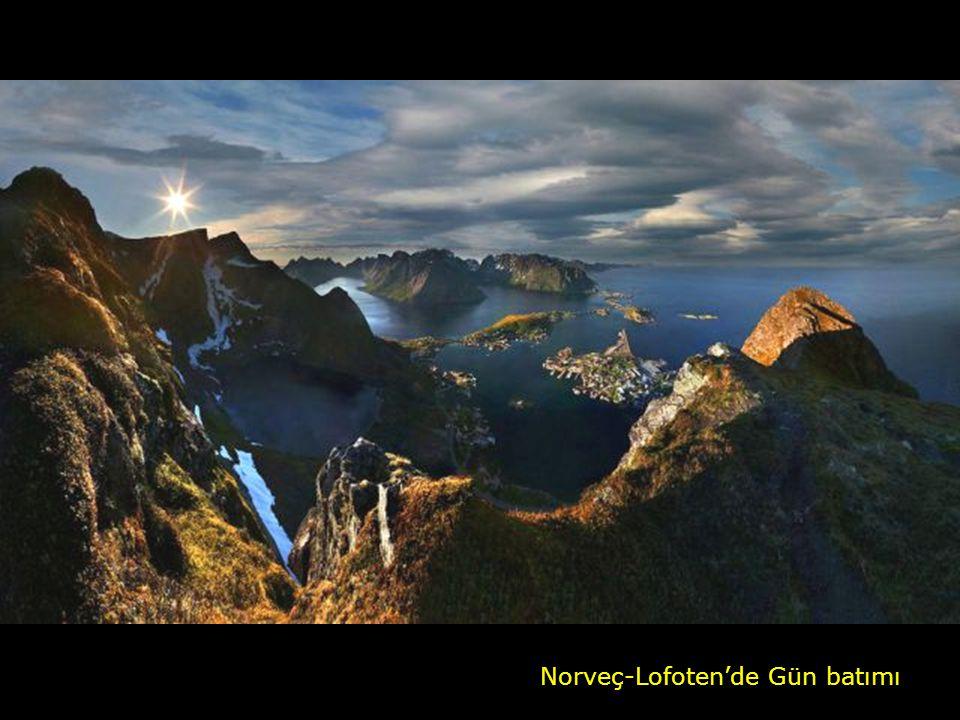 Norveç-Lofoten'de Gün batımı