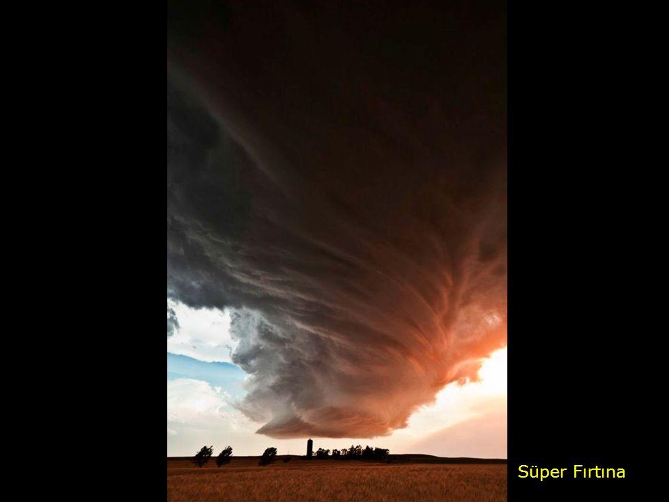Süper Fırtına