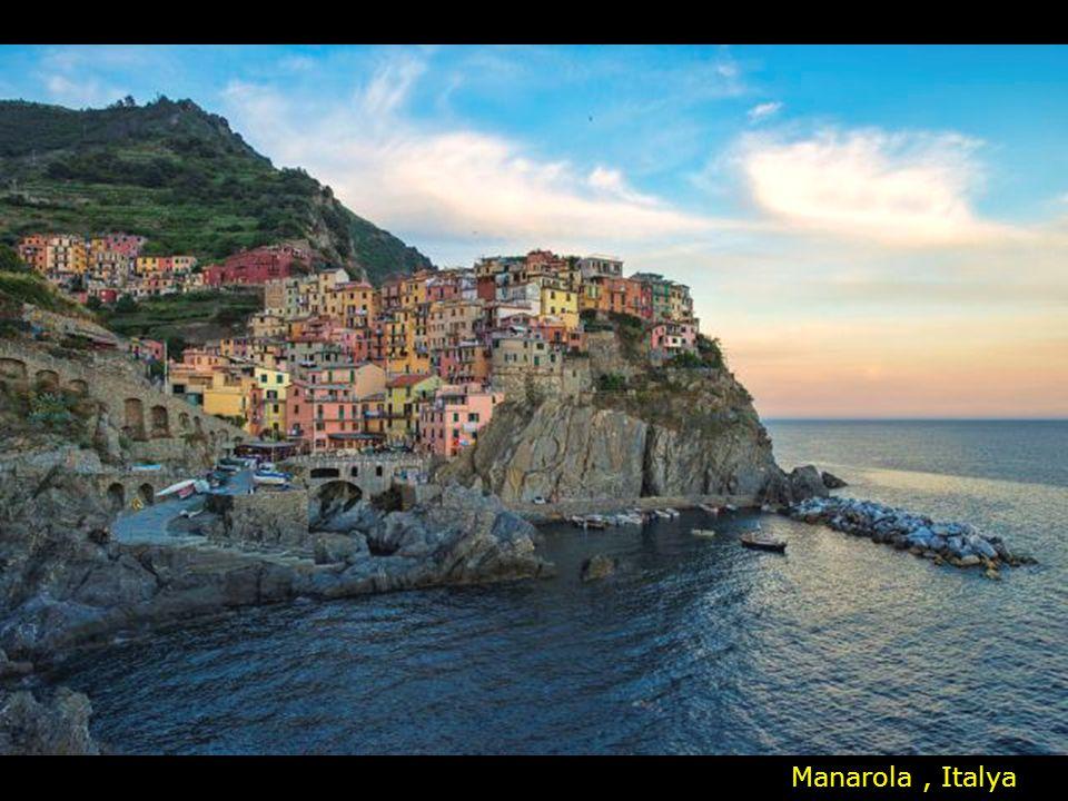 Manarola , Italya