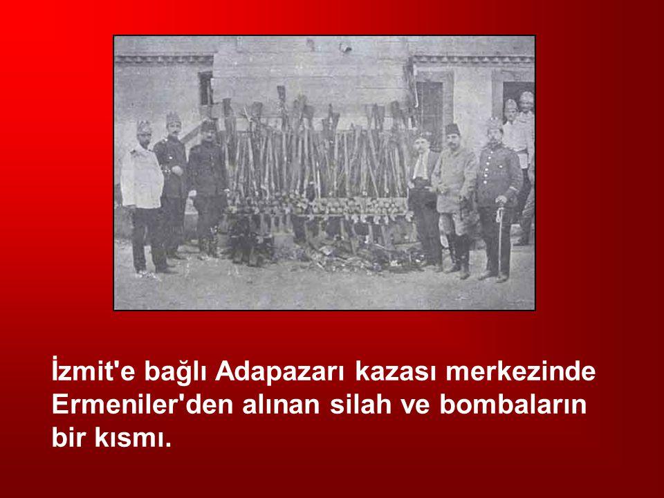 İzmit e bağlı Adapazarı kazası merkezinde Ermeniler den alınan silah ve bombaların bir kısmı.