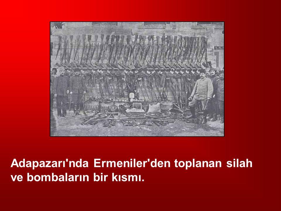 Adapazarı nda Ermeniler den toplanan silah ve bombaların bir kısmı.