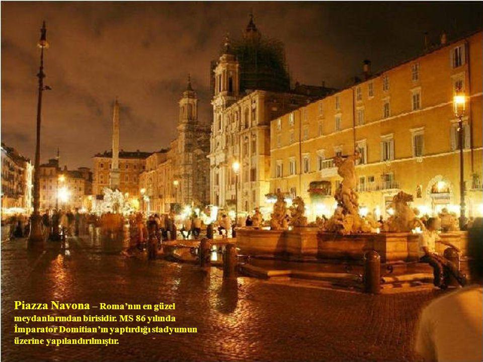 Piazza Navona – Roma'nın en güzel meydanlarından birisidir