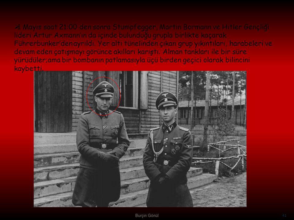 1 Mayıs saat 21:00 den sonra Stumpfegger, Martin Bormann ve Hitler Gençliği lideri Artur Axmann'ın da içinde bulunduğu grupla birlikte kaçarak Führerbunker'den ayrıldı. Yer altı tünelinden çıkan grup yıkıntıları, harabeleri ve devam eden çatışmayı görünce akılları karıştı. Alman tankları ile bir süre yürüdüler;ama bir bombanın patlamasıyla üçü birden geçici olarak bilincini kaybetti.