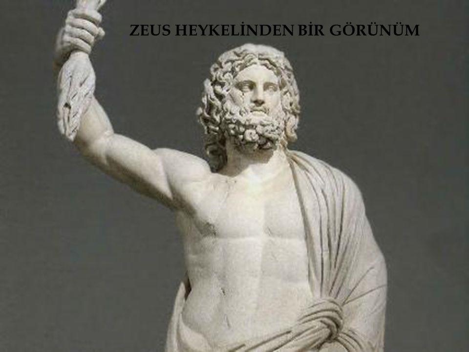 ZEUS HEYKELİNDEN BİR GÖRÜNÜM