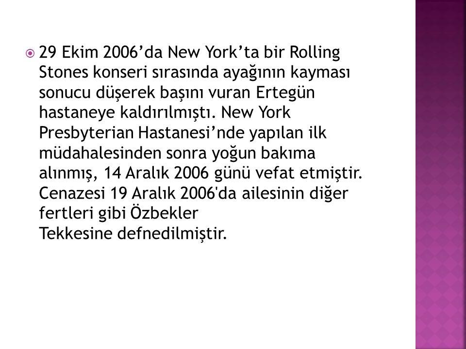 29 Ekim 2006'da New York'ta bir Rolling Stones konseri sırasında ayağının kayması sonucu düşerek başını vuran Ertegün hastaneye kaldırılmıştı.
