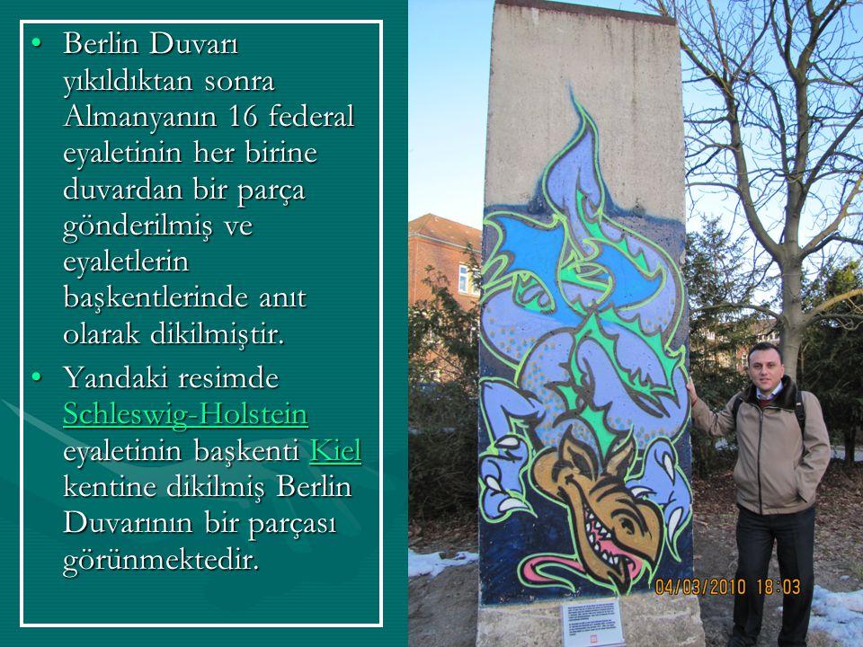 Berlin Duvarı yıkıldıktan sonra Almanyanın 16 federal eyaletinin her birine duvardan bir parça gönderilmiş ve eyaletlerin başkentlerinde anıt olarak dikilmiştir.