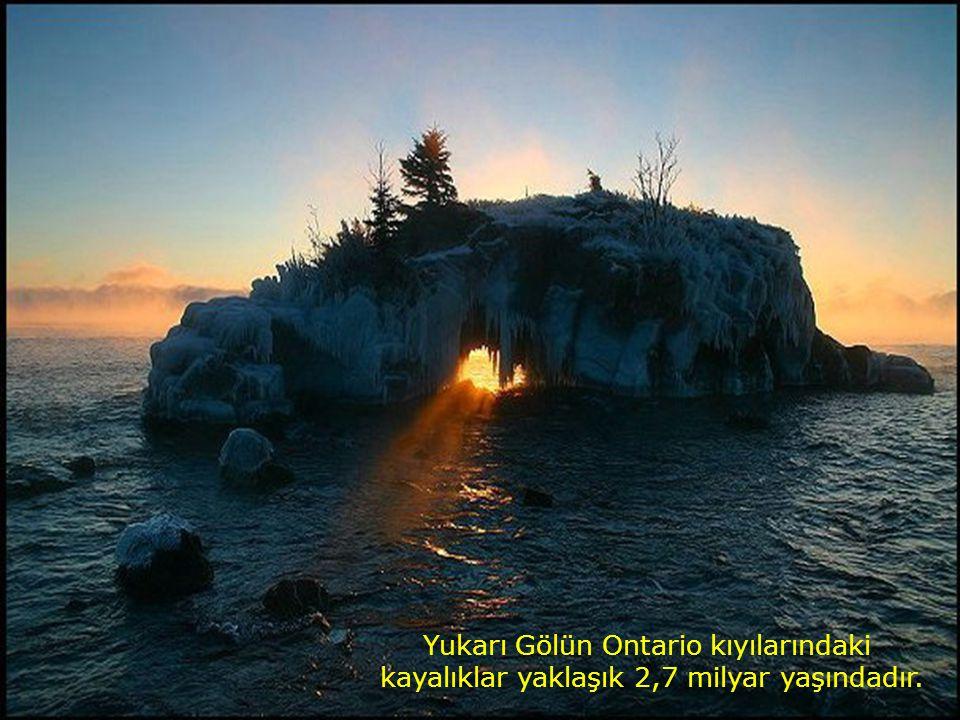 Yukarı Gölün Ontario kıyılarındaki