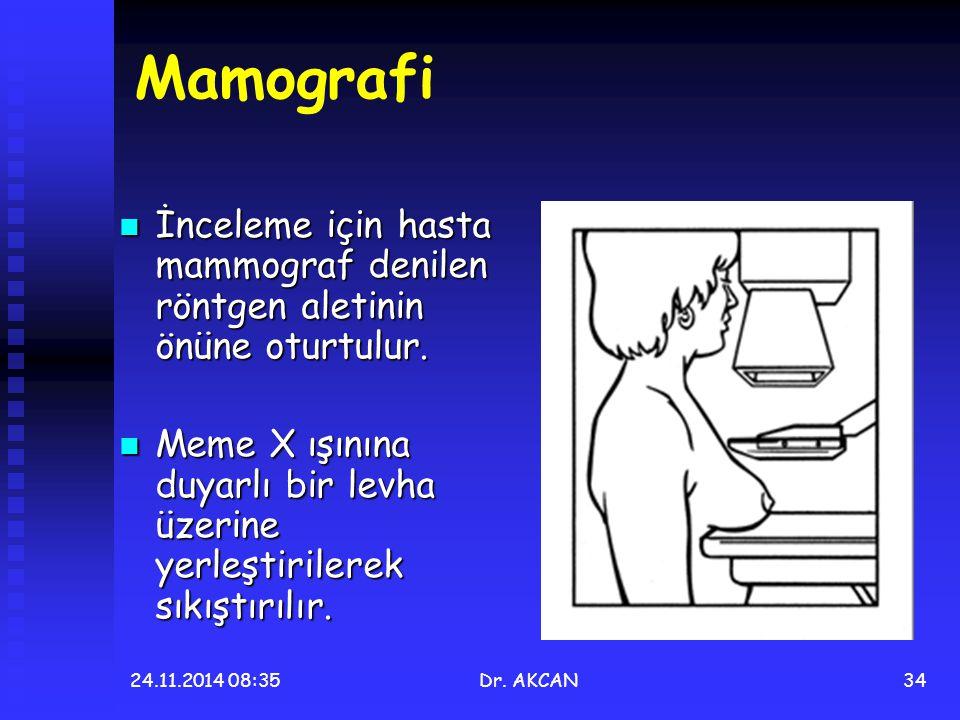 Mamografi İnceleme için hasta mammograf denilen röntgen aletinin önüne oturtulur.