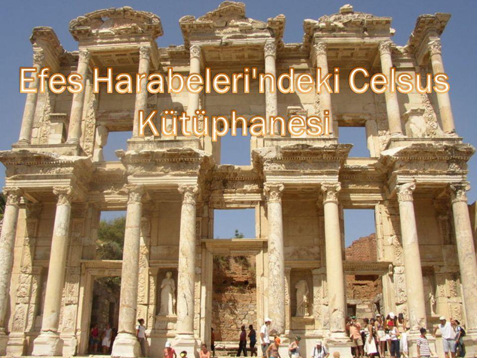 Efes Harabeleri ndeki Celsus Kütüphanesi