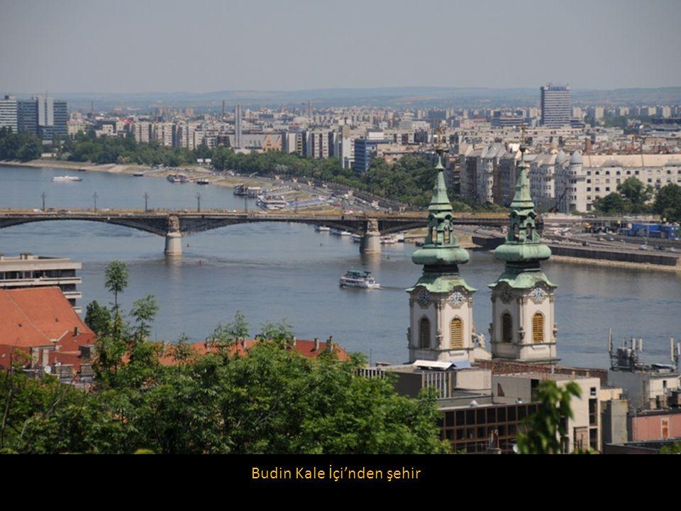 Budin Kale İçi'nden şehir
