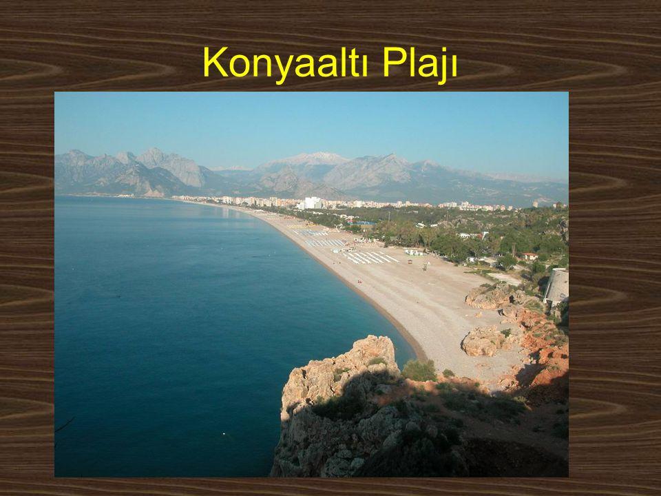 Konyaaltı Plajı www.yunusemrecosan.com