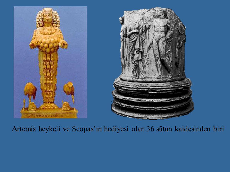 Artemis heykeli ve Scopas'ın hediyesi olan 36 sütun kaidesinden biri