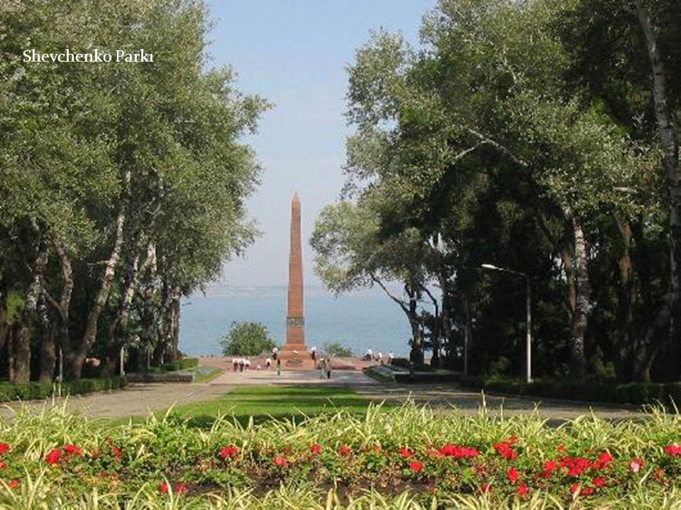 Shevchenko Parkı