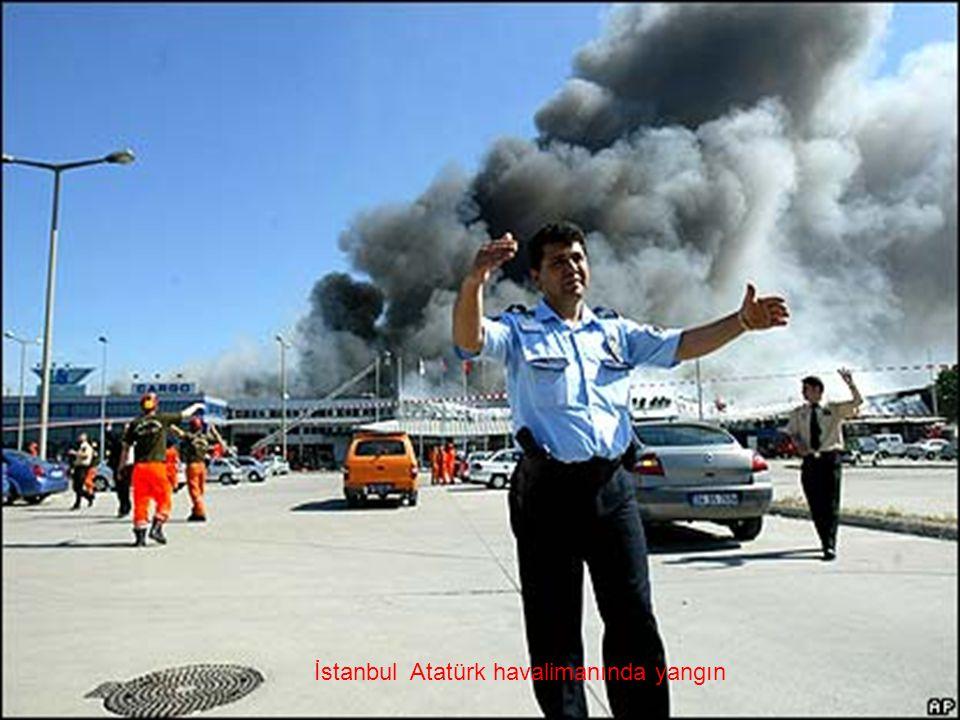 İstanbul Atatürk havalimanında yangın