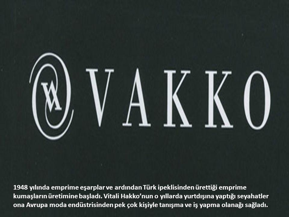 1948 yılında emprime eşarplar ve ardından Türk ipeklisinden ürettiği emprime kumaşların üretimine başladı.