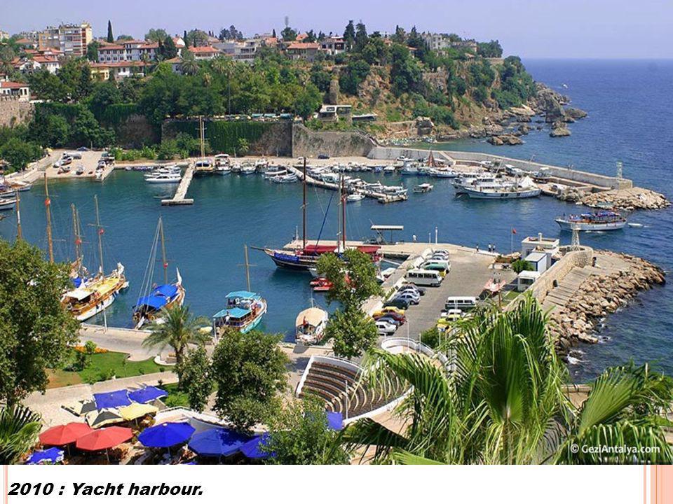 2010 : Yacht harbour.