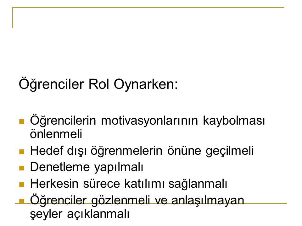 Öğrenciler Rol Oynarken: