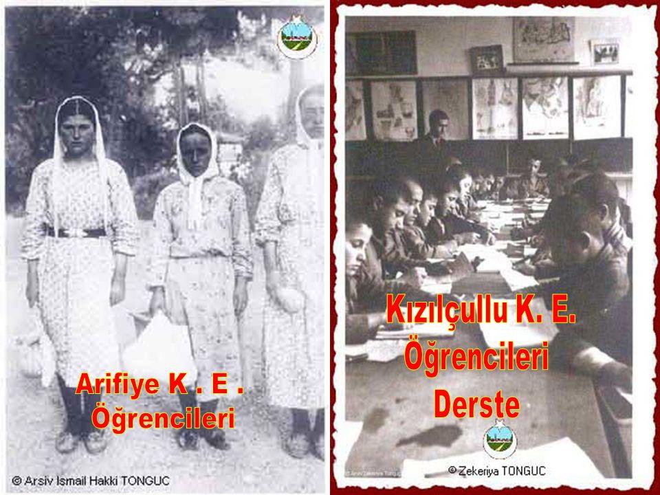 Kızılçullu K. E. Öğrencileri Derste Arifiye K . E . Öğrencileri