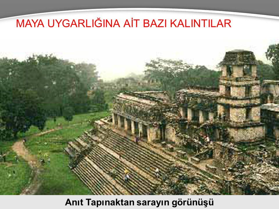 Anıt Tapınaktan sarayın görünüşü