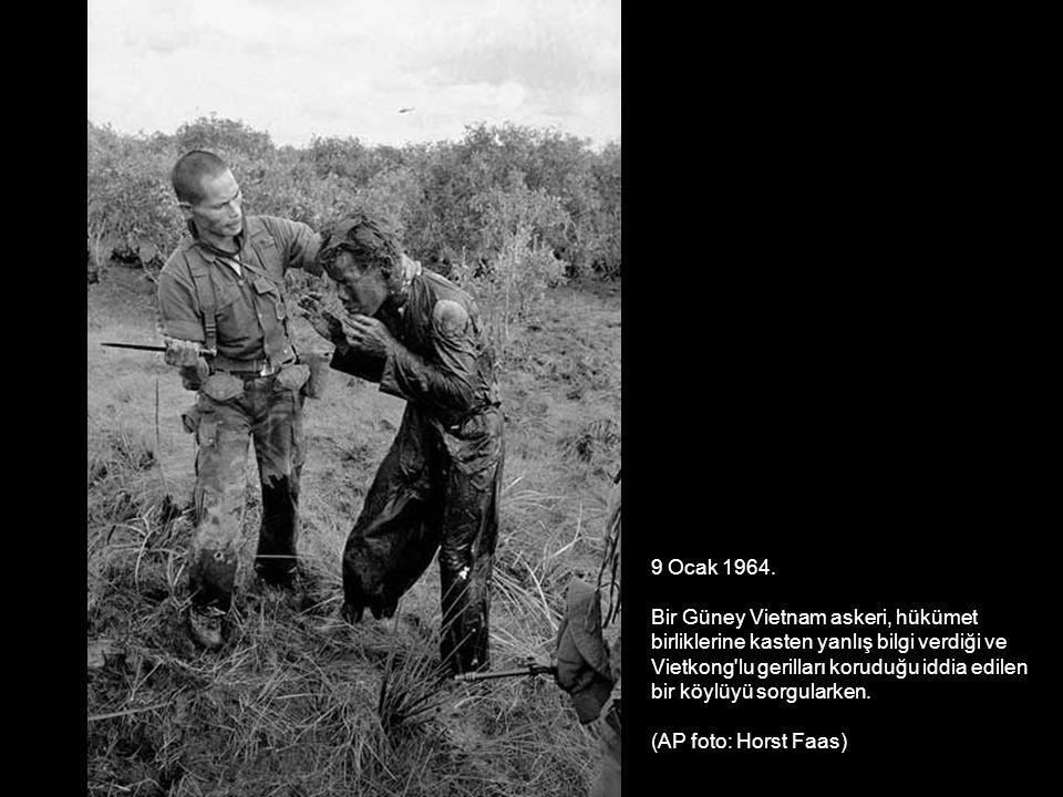 9 Ocak 1964. Bir Güney Vietnam askeri, hükümet. birliklerine kasten yanlış bilgi verdiği ve. Vietkong lu gerilları koruduğu iddia edilen.