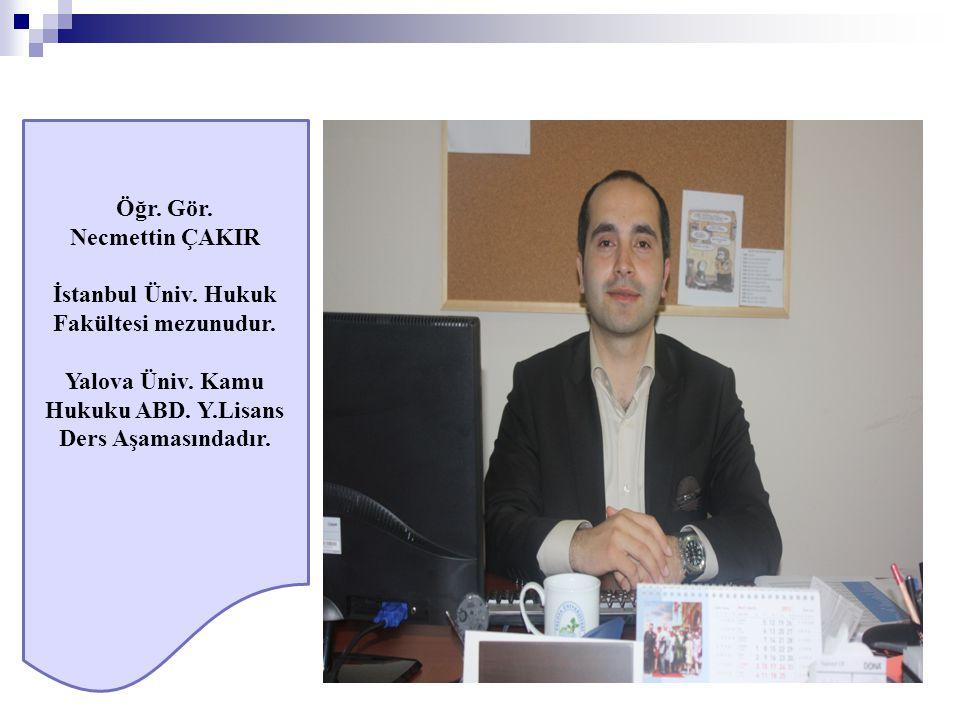İstanbul Üniv. Hukuk Fakültesi mezunudur.