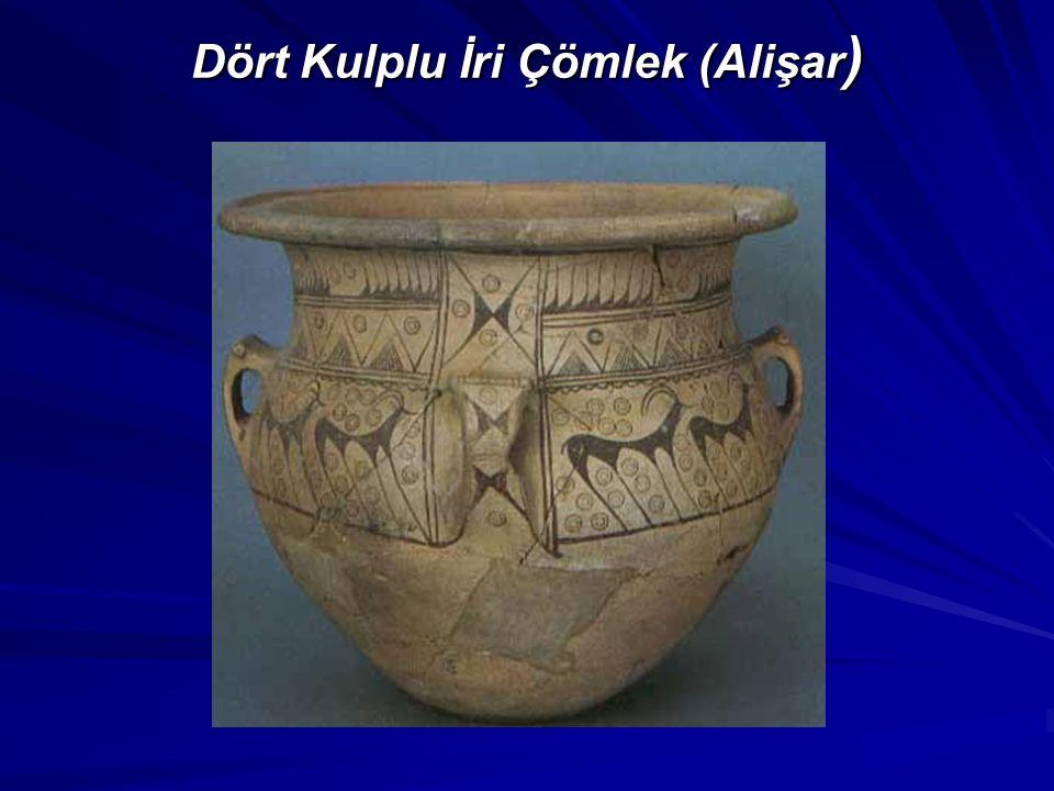 Dört Kulplu İri Çömlek (Alişar)