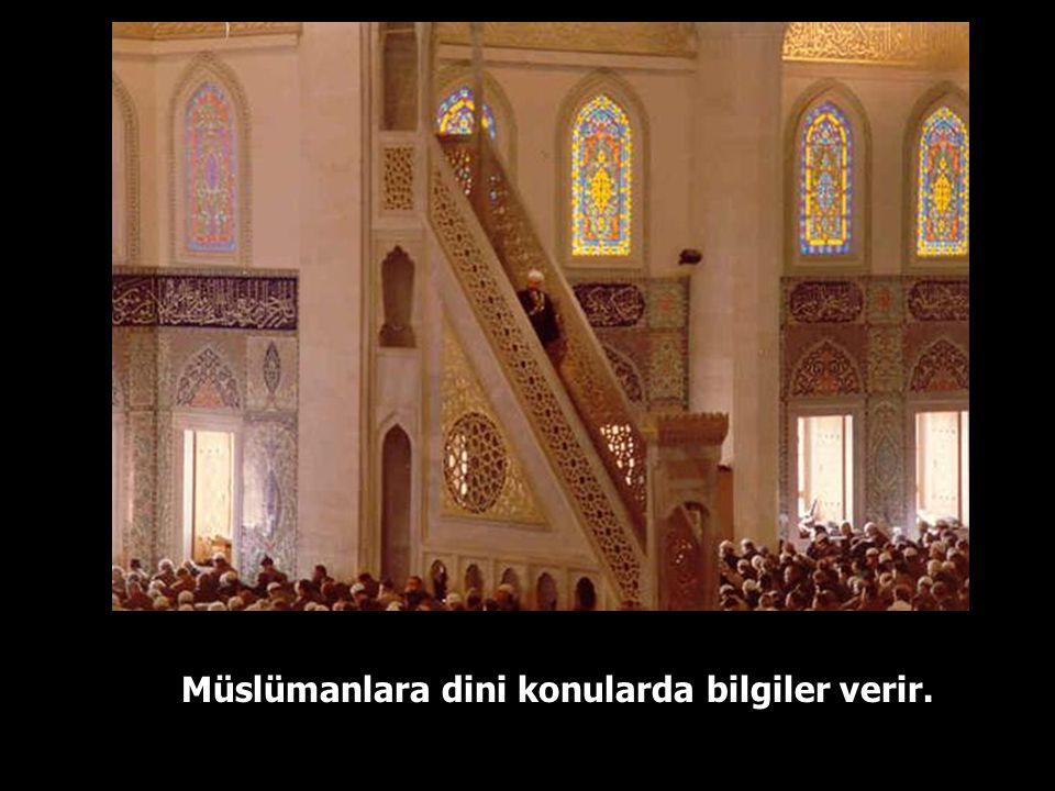 Müslümanlara dini konularda bilgiler verir.